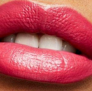 Brand New Mac Amplified Creme Lipstick